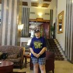 No lobby do hotel