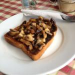 mushroom in toast