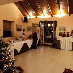 sala interna con buffet