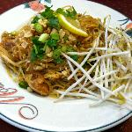 duck pad thai
