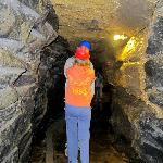 Doolin Cave : hard hats on!