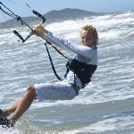 Guest kitesurfing