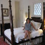 Period bedroom with queen 4 poster bed