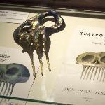 MNT_vitrina Don Juan tenorio_peineta de Dalí