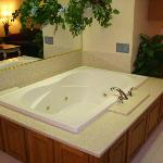 Jacuzzi w/ recessed overhead lighting