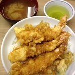 Tendon (tempura over rice), miso soup and green tea