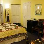 Voyageur Room