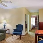 CountryInn&Suites Elgin SuiteKing