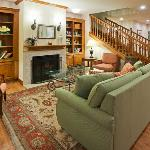CountryInn&Suites Green Bay Lobby