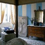 Alcove room