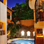 Photo de Acanto Boutique Hotel & Condominiums Playa del Carmen