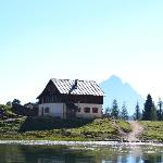 Photo of Rifugio Croda da Lago G. Palmieri