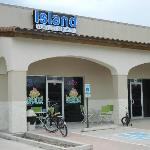 Island Yogurt Shoppe