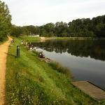 Pêcheurs autour du lac...
