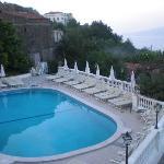 piscina con vista Vesuvio