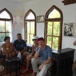 Экскурсовод Зоя и наша группа в турецком доме