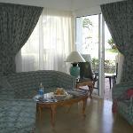2 Bed Villa Lounge