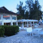 Acqua restaurant and the Beach Bar