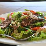 beef strip loin salad
