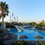 Una delle piscine dell' Hotel kipriotis