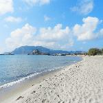 La spiaggia di Agios Stefanos
