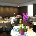 Champagne Brunch table arrangements in Garden Room