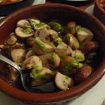 Mushroom with garlic in olive oil