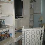 TV & cabintry