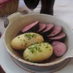 Sausage in beaujolais sauce