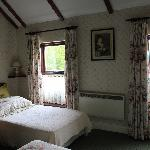 Our beautiful and large room - 2/2 -