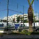 Contrary to Google Maps, Aparthotel Olhos d'Agua IS IN OPPOSITE DIRECTION TO Aparthotel Oceanus