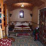 Chambre berbère 1er étage côté arrière : partie lit