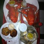 Lobster, clams and crab cakes!