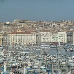 Localizado no Vieux Port de Marselha.