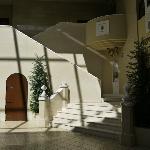 Raum vor der Kapelle