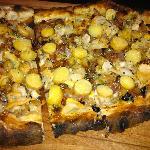 Clam pizza.