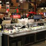 One of many fresh food bars