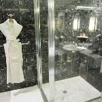 Full-size shower