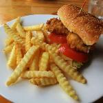 Chicken toasted roll wirh salad & chips - half serving