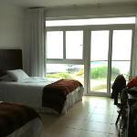 Habitación doble con vista a la playa