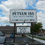 Putnam Inn