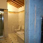 baño habitacion raffaelo
