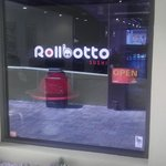 Rollbotto Sushi Front Window