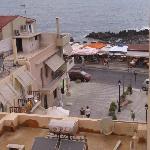 Sea view & street view