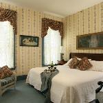 Deluxe Room 25