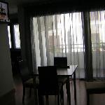 Parte sala de estar y TV.