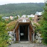 Entrance to Lil'Wat istken
