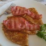 Susan's breakfast thin pancakes w rasher