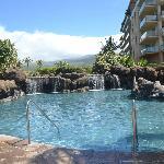 Honua Pool