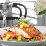 New England Coastal Cuisine and family favorites are featured at the Breeze Bar & Cafe.